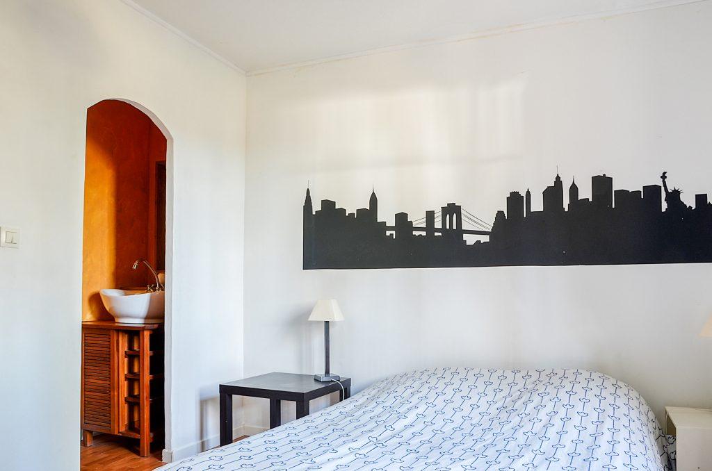 Quatre chambres avec lit double